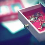 夢占いで箱の意味/解釈は?!秘密や可能性・意外性を意味します。