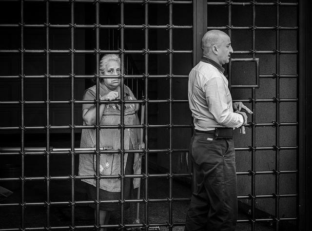 夢占い 刑務所