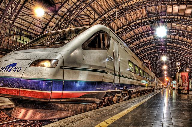 夢占いで電車の意味は?通勤電車かそうでないかで解釈が変わる!