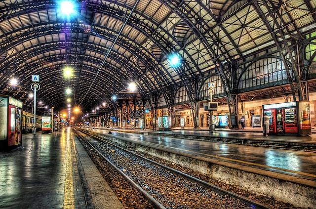 夢占いで駅の意味/解釈は?転換の時期であることをあらわします。