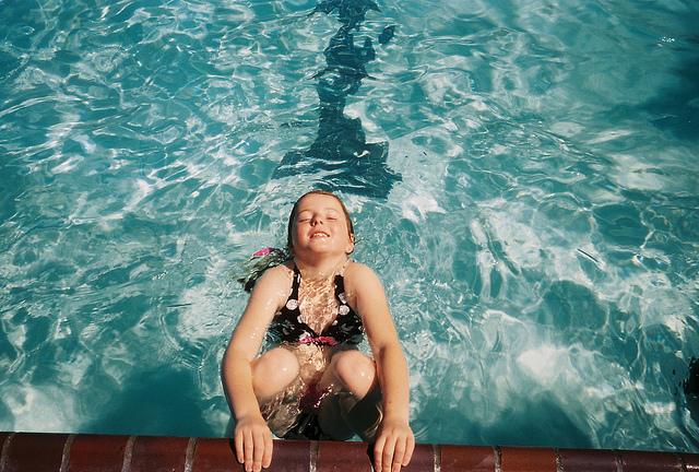 夢占いでプール、泳ぐ・水泳の意味/解釈は?あなたの努力を表します。