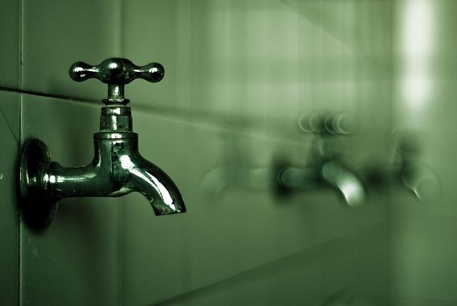 夢占いで水道の意味/解釈は?金銭面や健康状態をあらわします。