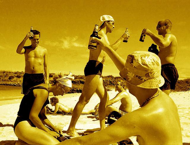 夢占いで酒の意味/解釈は?あなたの身体状況の変化を表します。