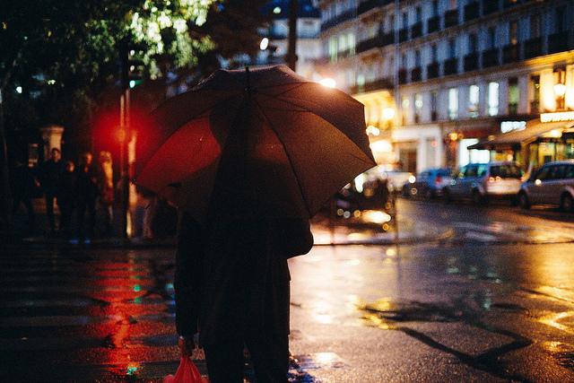 夢占いで傘・かさの意味/解釈は?!あなたの身を守ってくれる象徴です。