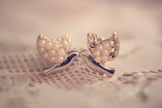 夢占いで宝石(特に真珠)の意味/解釈は?!大切なものや魅力を象徴します。
