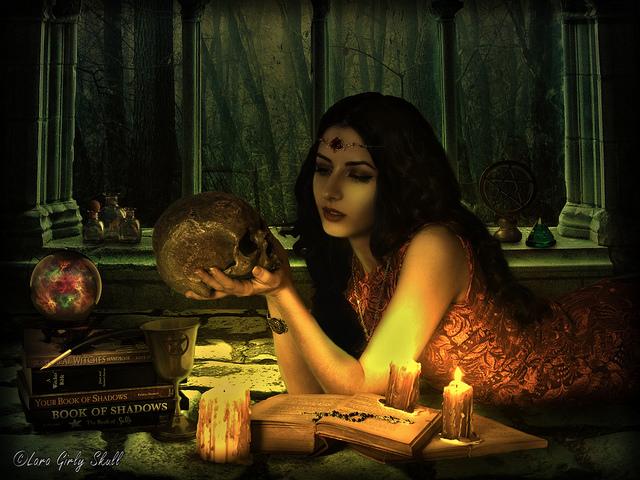 夢占い 魔女 魔術師