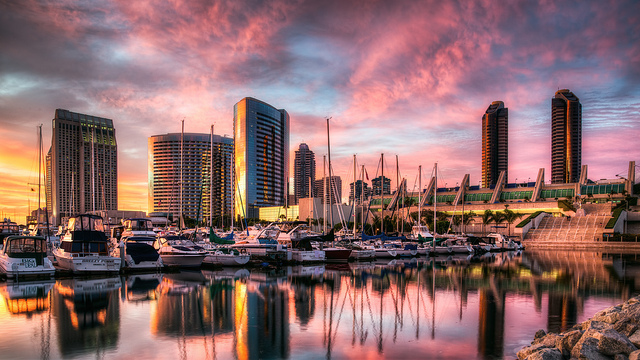 夢占いで港の意味/解釈は?人生の転機を象徴しています。
