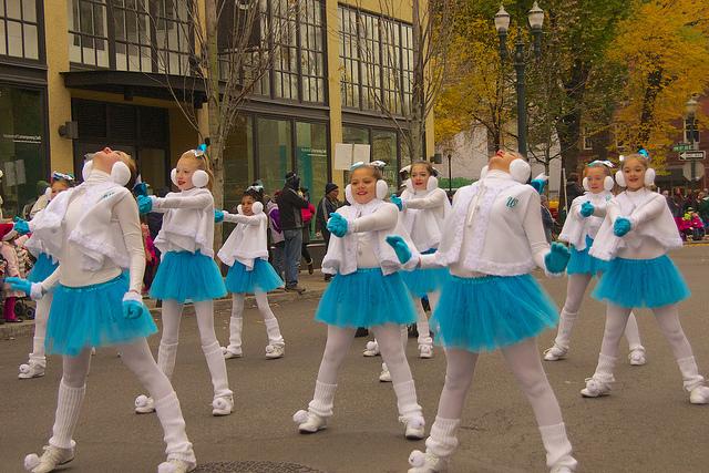 夢占いで制服の意味/解釈は?社会的な立場や表向きの顔を表します。
