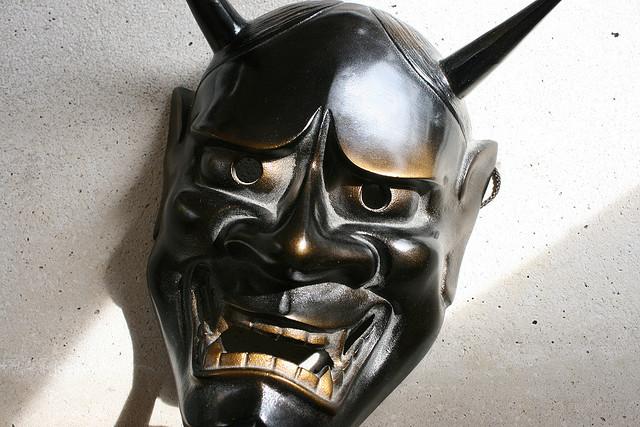 夢占いで鬼の意味/解釈は?!トラブルや苦難を象徴しています。