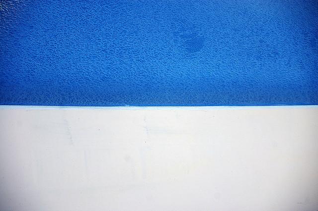 夢占いで青は主に安らぎは発展を意味します。