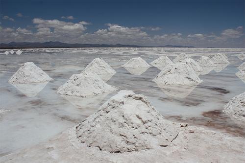 夢占いで塩の意味とは。欠かせないもの・物事が劇的に良くなる事?!