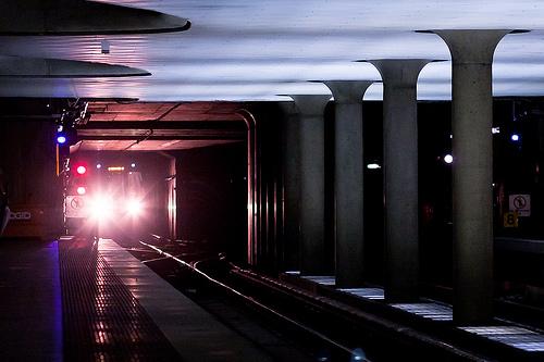 夢占いで地下鉄の意味/解釈は?!奥深くにある本当の気持ちを表わしています。
