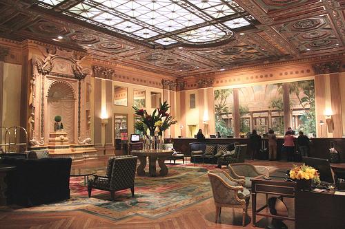 夢占い ホテル