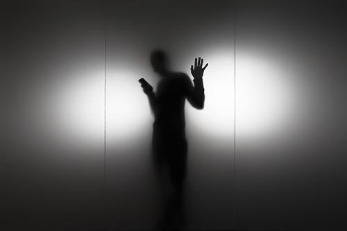 夢占いで携帯電話の意味/解釈は?!他者と繋がりたい気持ちを表します。