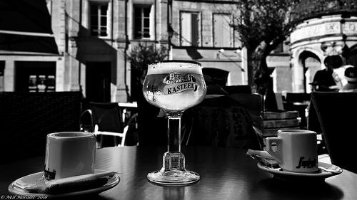 夢占いでコップ、グラスの意味/解釈は?!恋愛での幸福感を表します。