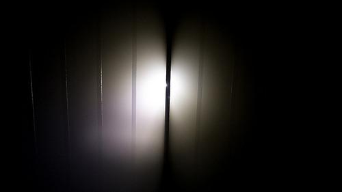 夢占いで金縛り・固まる意味/解釈は?!不安や恐れを表しています。