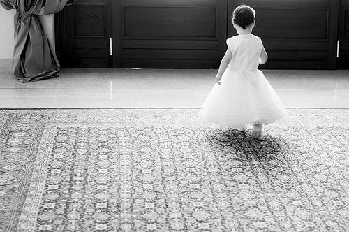 夢占いで女の子の意味/解釈は?!心の未熟さ純粋さを暗示しています。
